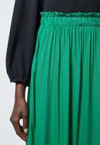 Superbalist - Single tier midi skirt - emerald green