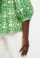 MANGO - Blouse jungle - green