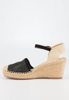 Butterfly Feet - Virgo wedge - black