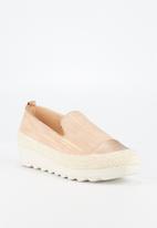 Butterfly Feet - Cynitha flatform - rose gold