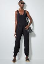 Superbalist - 2 pack low v-neck bodysuit - black & white