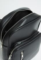 Superbalist - Tshego crossbody bag - black