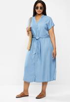 Vero Moda - Saga long belt dress - denim