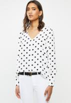 ONLY - Sara long sleeve top - white & black