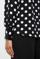 ONLY - Sara long sleeve top - black & white