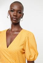 MANGO - Dress yute - yellow & white