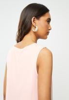 Vero Moda - Julian v-neck top - pink