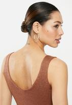 Brave Soul - Sleeveless ribbed knit - brown