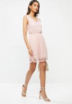 Vero Moda - Pernilla lace short dress - pink