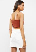 Cotton On - Stella straight neck cami - hot sauce