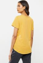 Cotton On - The one crew tee - washed mango