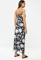 Glamorous - Paint stroke keyhole jumpsuit - black & white