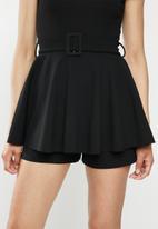 Missguided - Belted short sleeve skirt playsuit - black