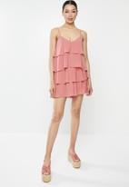 Missguided - Layered frill floaty playsuit - pink