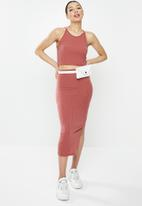 Missguided - Ribbed crop and midi skirt co-ord - pink