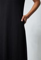 Superbalist - Trapeze pocket detail dress - black