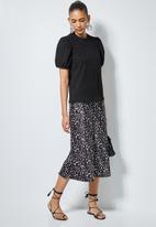 Superbalist - Texture knit puff sleeve top - black