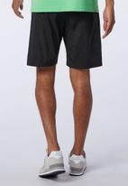 New Balance  - Nb sport style optiks short - black