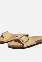 Cotton On - Rex oversized single buckle slide - camel