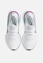 Nike - React infinity run flyknit - white / black-vapor green-oracle aqua