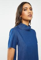 Glamorous - High neck casual denim dress - blue