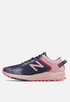 New Balance  - Arishi trail - pink