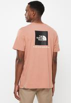 The North Face - Short sleeve red box tee - pale pink