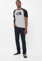 The North Face - Short sleeve raglan easy tee - grey