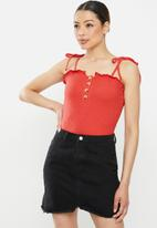 Brave Soul - Tie strap frill button thorugh bodysuit - red