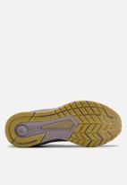 Under Armour - Ua w hovr velociti 3 - slate purple / metallic gold luster / metallic gold luster