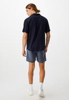 Cotton On - Kahuna short - vintage navy