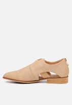 Miss Black - Gianna loafer - neutral