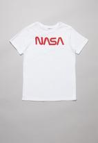 Superbalist - NASA printed tee - white