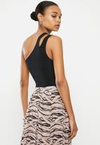 Missguided - Ribbed double strap one shoulder body - black