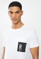 Replay - White side pocket printed tee - white
