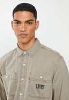 Levi's® - New camp oversized shirt - brown