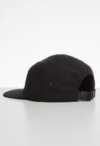 Superdry. - 5 Panel cap - black