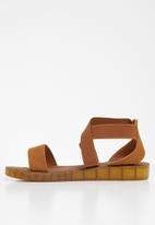 Butterfly Feet - Edan sandal - tan