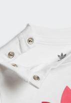 adidas Originals - 3d trefoil tee - white