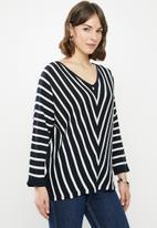 edit - Dolman knitwear jumper - navy & white