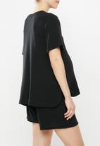 Superbalist - Maternity side popper tee - black