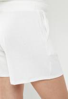 Superbalist - Maternity relaxed tummy band soft short - white
