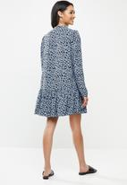 Glamorous - Petite Dusty blue mini floral drop waist dress - light blue