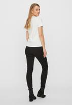 Vero Moda - Karla short sleeve T-shirt - white