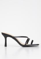 Public Desire - Bombshell low heel strappy mule - black