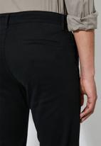 Superbalist - Ohio straight fit chino - black