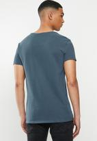 S.P.C.C. - Salter fashion straight hem T-shirt - blue
