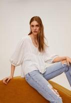 MANGO - T-shirt azucena - cream