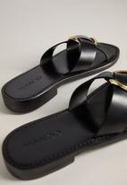 MANGO - Saki leather sandal - black