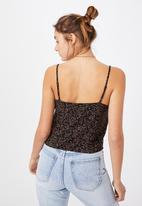 Cotton On - Astrid straight neck cropped cami - black